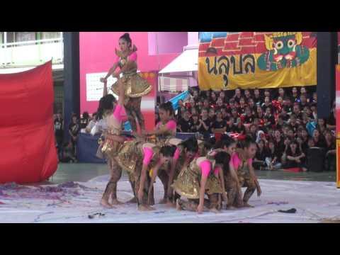 SSTB 2015 คณะสีชมพูพันทิพย์ (ช่วงเช้า)