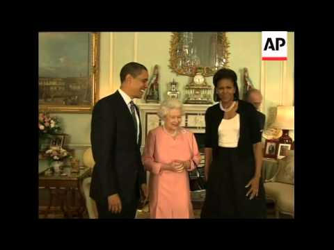 WRAP Obamas meet Queen, G20 leaders arrive at palace ADDS more