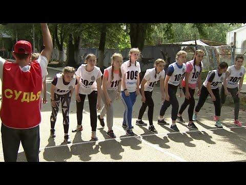 В Краснодарском высшем военном летном училище третий год подряд проходит набор девушек.