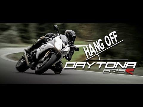 HANG OFF ! Triumph Daytona  R | BIKEPORN !