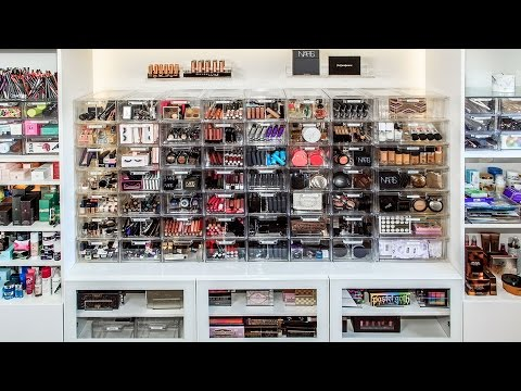 MAKEUP COLLECTION AND ORGANIZATION | DESI PERKINS