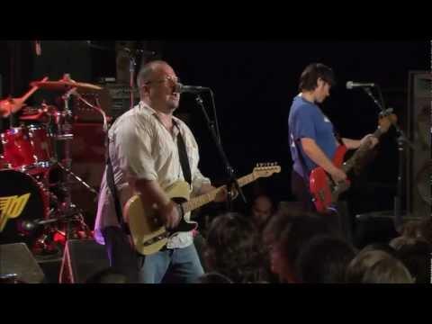 Pixies - Gouge Away Live 2005[HD]