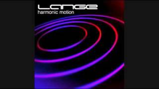 Lange Feat Sarah Ozelle - Clouds Across The Sun