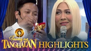 Jhong gives Vice his gift from vacation | Tawag ng Tanghalan
