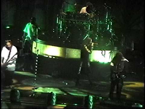 Korn - (The Spectrum) Philadelphia,Pa 4.9.00