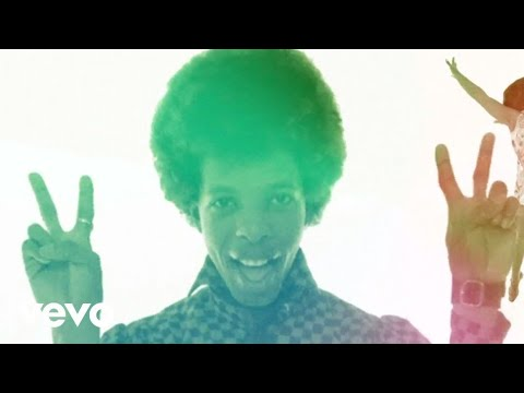 Sly & The Family Stone - Everyday People (Official Video)