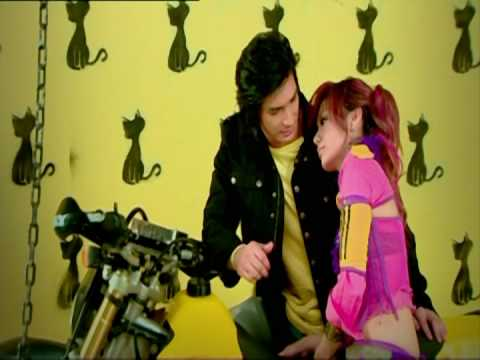 'Bertemu Dalam Mimpi' Music Video - Windy Saraswati