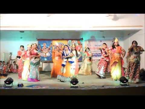 vrindavan men gopi ayo from padmawati Jain Saraswati Shishu Vidya Mandir, Chaibasa 2016