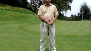 GOLF LESSONS - GRIP - POSITION OF LEFT HAND