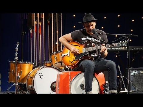 909 in Studio : Shakey Graves - 'The Full Session' | The Bridge