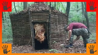 Amazing Long-Term Survival Hut, Rammed-Earth Walls, Debris Roof
