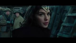 Фильм Чудо-женщина в HD смотреть трейлер