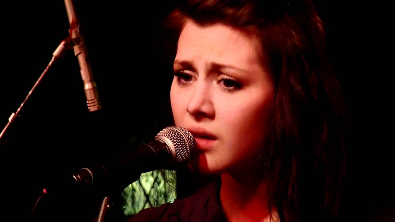 larkin-poe-shadows-of-ourselves-akkurat-stockholm-sweden-2011-11-06-kricke11