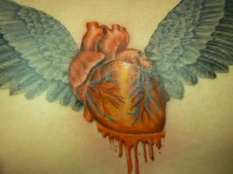 Tatuaje De Corazón En El Pecho Heart In The Chest Tattoo Tahiti