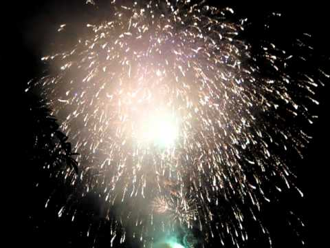 ban phao hoa 2011 đầm sen -part 1.AVI