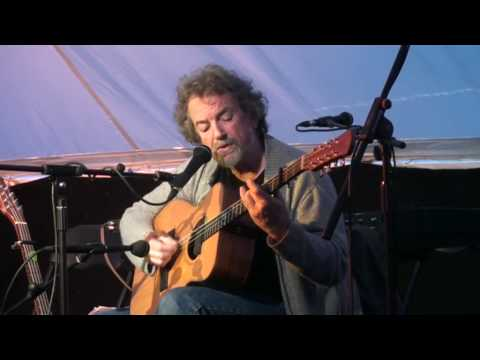 Andy Irvine:The Close Shave