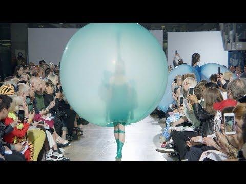 Watch footage of Fredrik Tjærandsen's balloon-like fashion collection | design | Dezeen