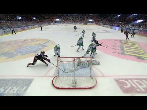 Här kastar Dansk klubban och räddar givet mål - TV4 Sport