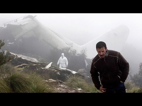 Algerian rescue teams reach military transport crash site