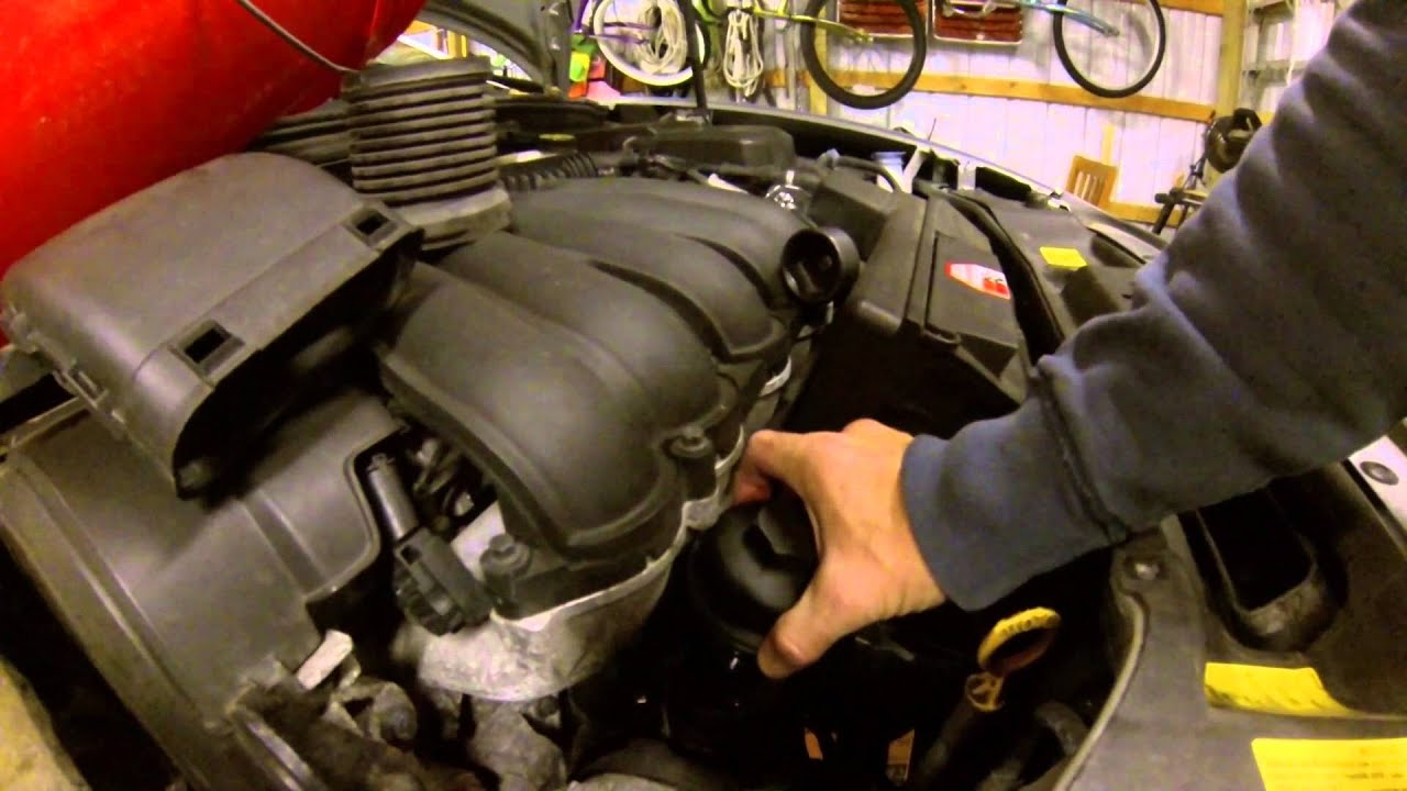 2006 Volvo s40 Oil Change - YouTube