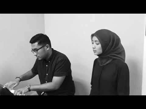 Tentang bulan cover by Fatin Afiqah (part 1)