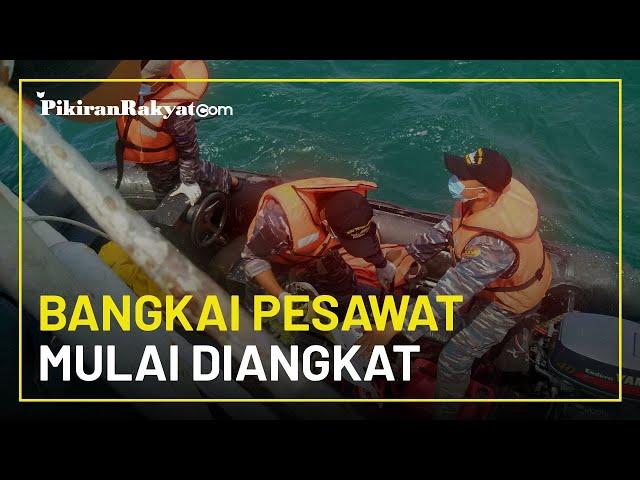 Perkembangan Terbaru Evakuasi Sriwijaya Air SJ 182, Body Part dan Bangkai Pesawat Mulai Diangkat