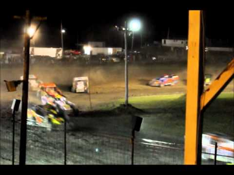 Canaan Dirt Speedway Modified Feature 5-20-2011