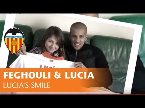 Feghouli & Lucía's smile | VALENCIA CF