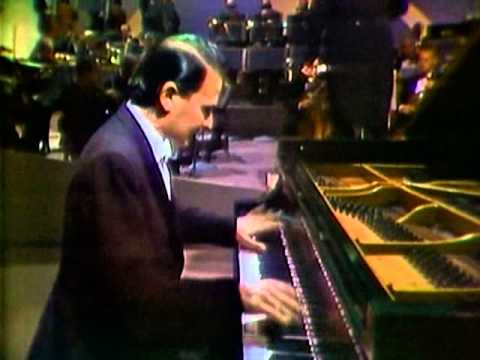 Byron Janis plays Rachmaninoff Third Concerto Mvt. III