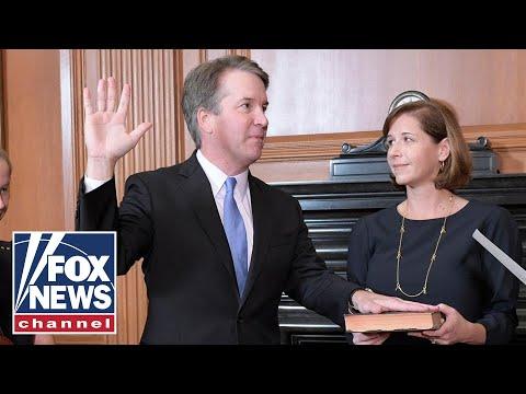 Justice Kavanaugh is sworn in by President Trump