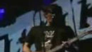 Blink 182 - Easy Target (live)