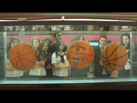 3 Minute Wonder: Jeff Koons – Three Ball Total Equilibrium T