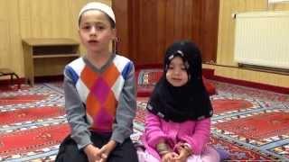 vuclip Muhamedi vogel dhe safija kendojn ilahi ne laxhen e vjeter