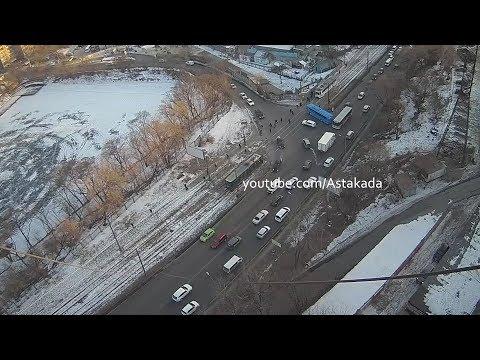 Astakada Владивосток Автобус заблокировал движение 24 января 2018 Луговая Карская Timelapse