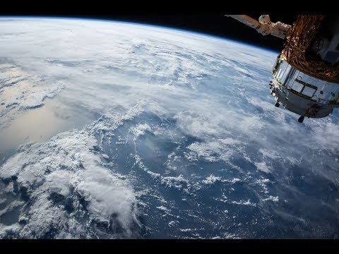 ISS LIVE FEED!! SPACE WALK!! GIVEAWAY!!