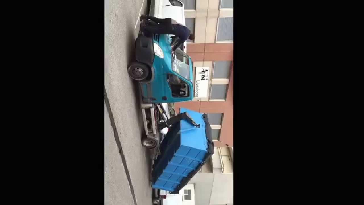 roue arri re avec camion md d barras lyon d barrasse tout d chets prof et part youtube. Black Bedroom Furniture Sets. Home Design Ideas