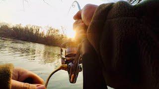 Днестр. ТРОФЕЙНАЯ ЩУКА в январе! Рыбалка на джиг зимой. Зимний спиннинг в январе.
