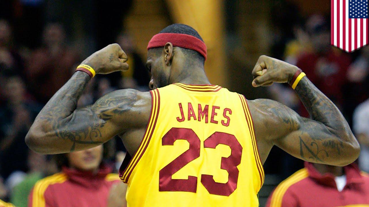 Lebron James Animated Wallpaper Lebron James Jersey James Picks No 23 For Cleveland Cavs