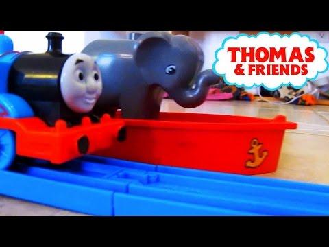 Ben Thomas & Friends Duplo Lego Train Crash and Elephant Transport