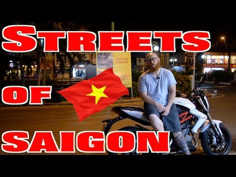 Woody and Wilcox - An American Living In Viet Nam Shows Us How To Get Through Traffic