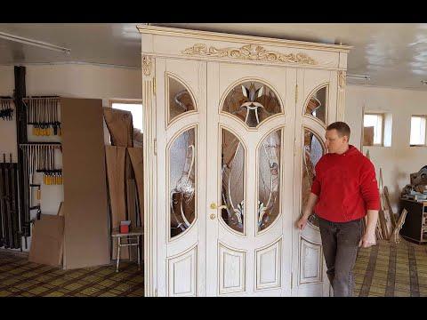 Парадная дверь из массива ясеня