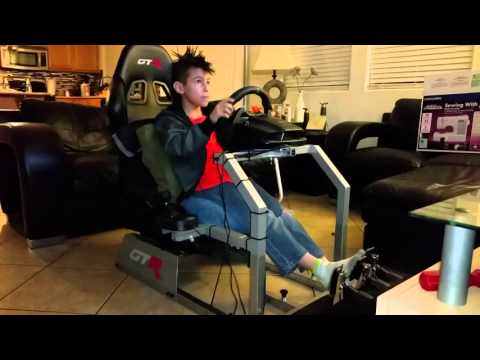 Ion driving an F1 with the Logitech G29 Stickshift