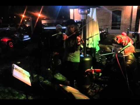 Sunburst Acoustic Quartet (Violin Solo on a test/stress of temperature: 0,1°c)