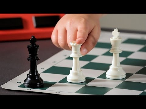 Achieving Checkmate w/ Only King & Queen | Chess