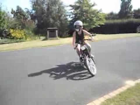 Comment augmenter le bruit d 39 une 103 youtube - Comment attenuer le bruit d une route ...