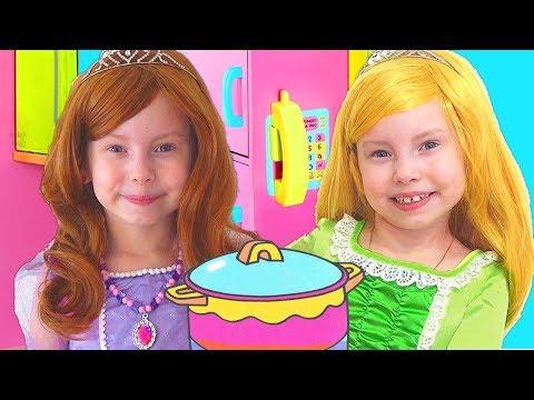 Alice Pretend Princess & Plays w/ Kitchen Play Set