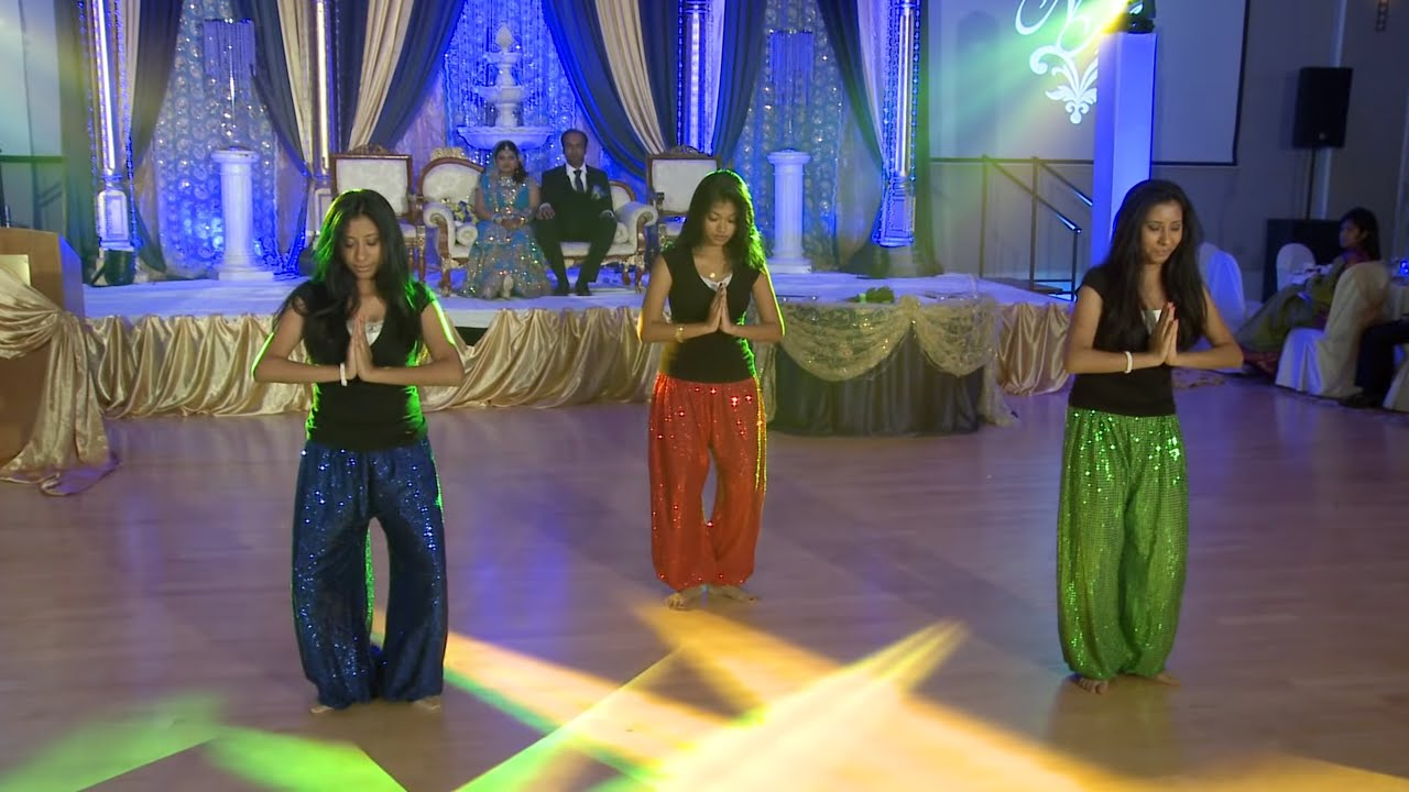 Girls Bollywood Dance At Indian Wedding Reception