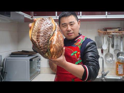 """【超小厨】耗巨资买7斤椰子螺,做""""双椒爆炒螺肉"""",配泡菜丸子汤,嘴巴都吃歪了!"""