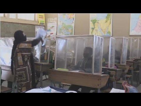 Cape Town school installs DIY screens to prevent virus spread