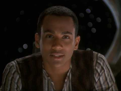 Preparing The LMH | Star Trek: Deep Space Nine   Doctor Bashir, I Presume  Dr Bashir I Presume